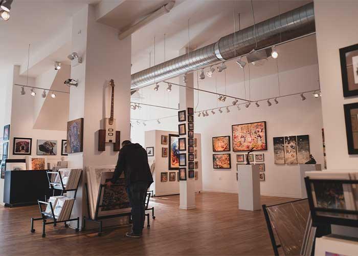 countless art galleries of Wicker-Park